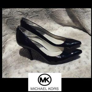 Beautiful Michael Kors Heels pumps